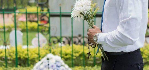 Come vestirsi ad un funerale